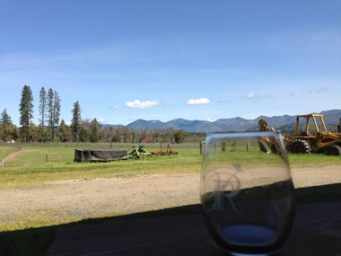 Grapes, Gliders and Grass Pants: Best Sips on the Applegate Valley Wine Trail