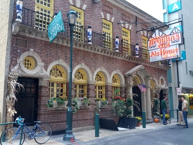 McGillin&#039;s Olde Ale House