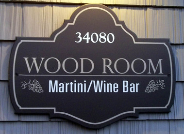 Woodroom Martini & Wine Bar