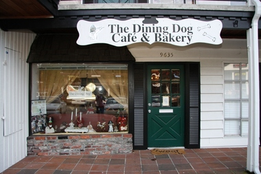 The Dining Dog Cafe &amp; Bakery