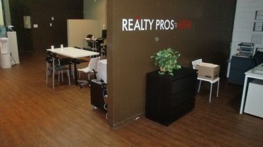 Realty Pros Of Austin