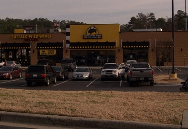 Buffalo Wild Wings Grill &amp; Bar