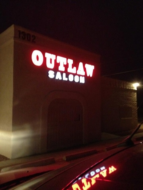 Outlaw Saloon