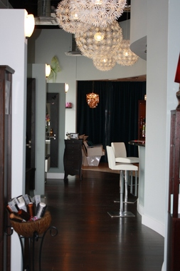 Modern Enhancement Salon &amp; Spa Hair Extension Studio