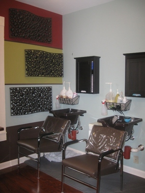 Cottage Salon