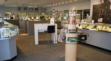 Beeghly &amp; Co Jewelers