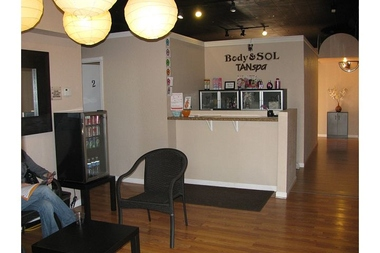 Body &amp; Sol Tan Spa , tanning , massage , &amp; Spray tan