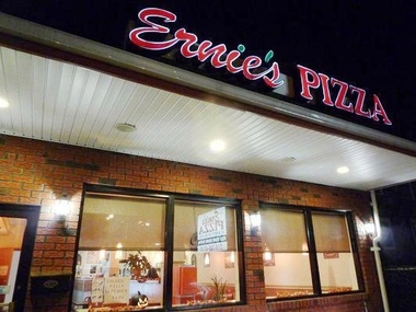 Ernie&#039;s Pizza &amp; Restaurant