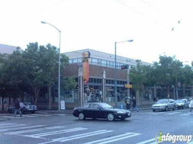 Gold's Gym - Seattle (Capitol Hill)