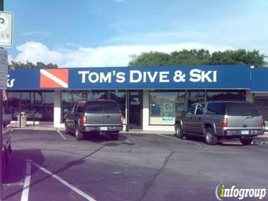 Toms Dive &amp; Ski