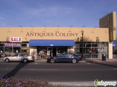 Antiques Colony