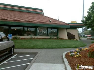 Shari's Restaurants