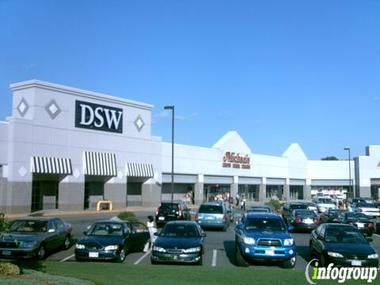 DSW Shoes - Saugus