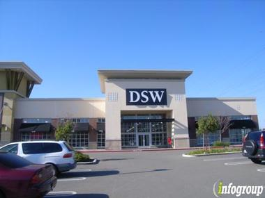 DSW Shoes - Fremont