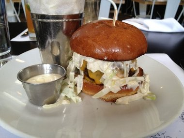 Gourmet Burgers in Los Angeles