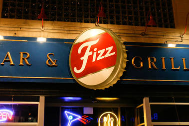 Fizz Bar and Grill