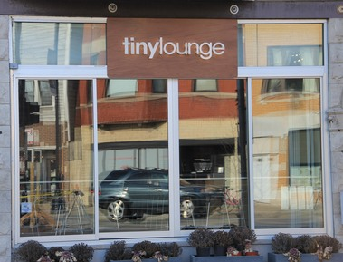 Tiny Lounge